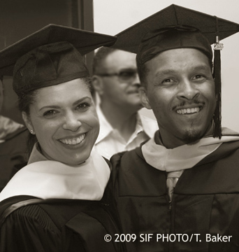 Excelsior College Commencement Speaker Soledad O'Brien (left) with Excelsior College graduate Lawrence E. Minor, Jr. (from Delaware)