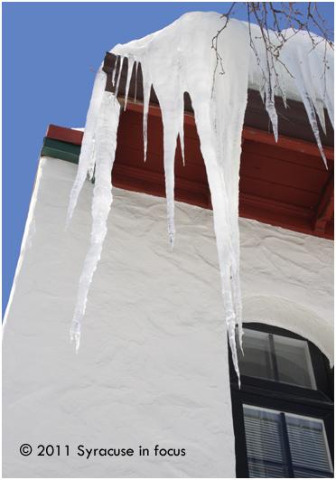 Oak Street Ice Dam