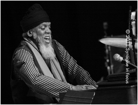Dr. Lonnie Smith pounds the organ at OCC to close out the Legends of Jazz Series.