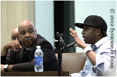 Hasan Stevens (aka Maestro) dialogues with Rev. Run about radio programmings influence on popular taste during the forum.