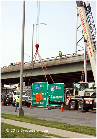 Sign Repair, elevated section of Route I81 North