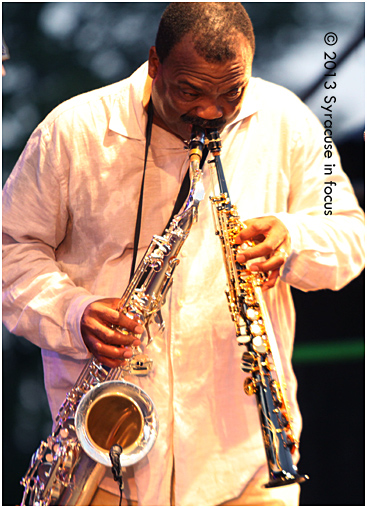 Ronnie Laws goes double barrel in a short tribute to Grover Washington, Jr.