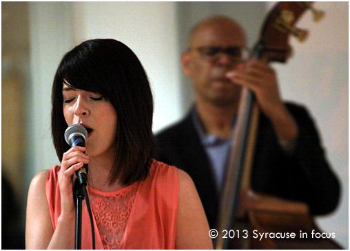 Kristen Tegtmeyer and Bill Horrace (Lemon Elefant) played a gig at the Community Folk Art Center on Thursday.