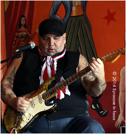Poppa Chubby did a guitar clinic at Upstairs at the Dino on Friday afternoon. He also talked about his early career in Chicago and playing with legends such as Buddy Guy and Magic Slim and Johnny Winter.
