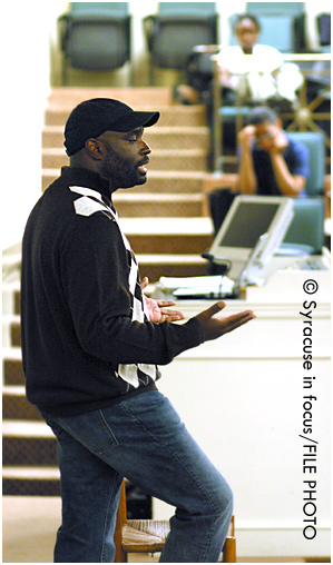 Antwone Fisher at Syracuse University in 2008.