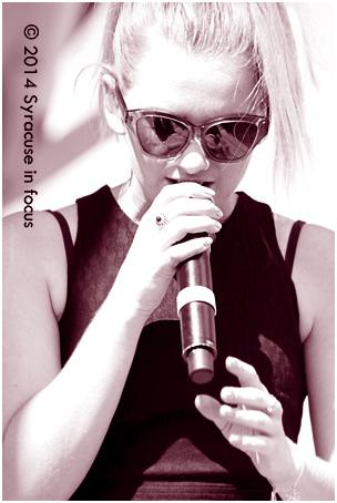 Georgia Nott, lead singer for Broods