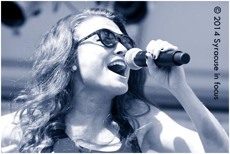 Mandy Lee