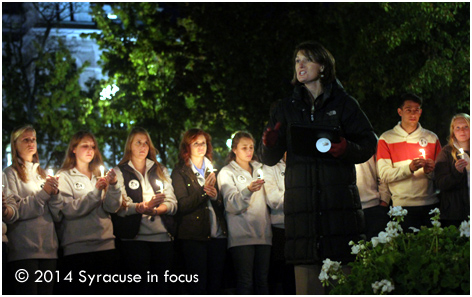 The Rev. Dr. Tiffany Steinwert prayed with the Remembrance Scholars and students during the vigil.