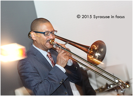 Marsalis, puffin' and puffin' and blowin' the doors off at the Sitrus Lounge.