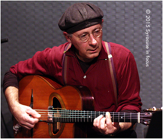 Henry Aceto, acoustic guitar