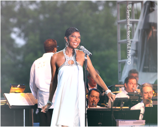 Singer Natalie Cole, who played Syracuse Jazz Fest in 2010, passed away on Friday.