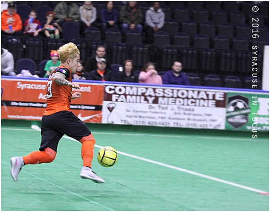 The Syracuse Silver Knights had better numbers in several categories, but still fell to Cedar Rapids last night. The final score was 6-5. The Knights had 15 shots on goal, including a bullet by Antonio Manful in the first quarter.