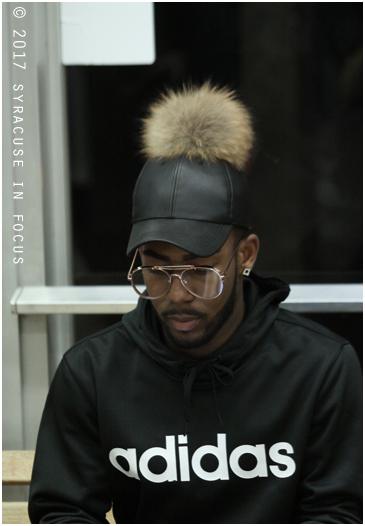Pouf Cap